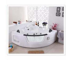La Marmara : Baignoire balnéo d'angle, chromathérapie - Installations salles de bain