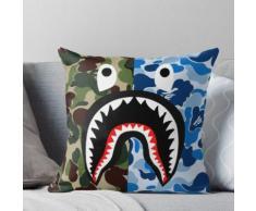 Un bain de singe Blue Shark complications Coussin