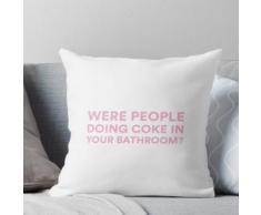 LES PERSONNES FAISAIENT-ELLES DU COKE DANS VOTRE SALLE DE BAIN? | Les vraies femmes au foyer Coussin