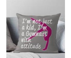 Cool, je ne suis pas un enfant Je suis un gymnaste avec Attitude Gymnastics Design Coussin