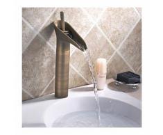 Mitigeur de lavabo effet cascade, style vintage pour une finition en bronze - LOOKSHOP