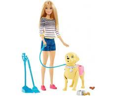 Barbie Famille poupée Balade du Chien avec figurine articulée pouvant faire ses besoins, laisse et accessoires, jouet pour enfant, DWJ68